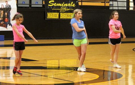 Judges select 2014-15 cheerleaders