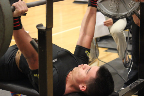 Alvidrez takes second at state powerlifting meet